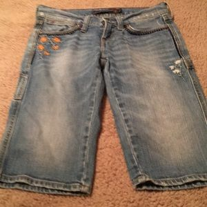 Lucky Legend Embroidered Bermuda Jean Shorts Sz 0